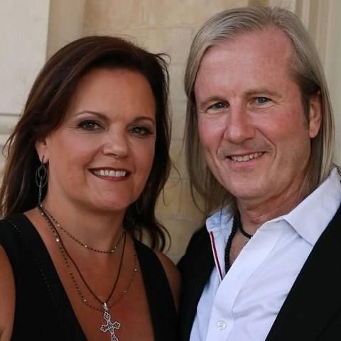Lonnie & Polly Cooper